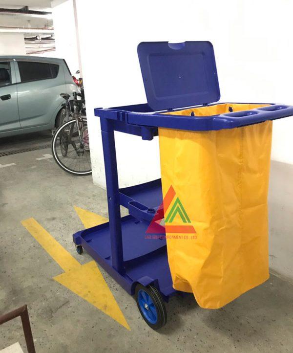 Xe đẩy dọn vệ sinh đa năng