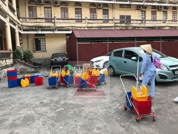 Xe vắt nước lau nhà 60 lít chất lượng