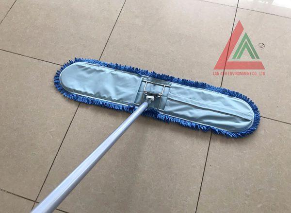 Chổi đẩy sạch sàn